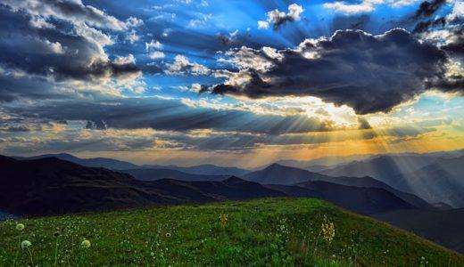 【フリーBGM】雨上がりの空に光が差し込んで/曇り空に太陽の光が差すような曲